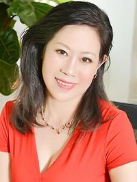 Single Caifeng (Carol) from Fushun, China