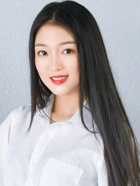Single Jihan (Betty) from Dandong, China