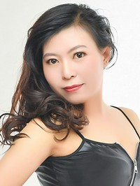 Single Jun (Bunny) from Tieling, China