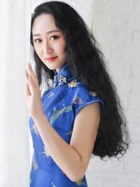 Single Xinyue (Amy) from Shenyang, China