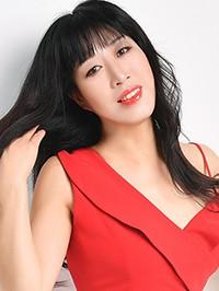Single Hong from Shenyang, China