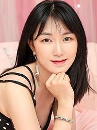 Asian woman Jingrong (Angela) from Xichang, China