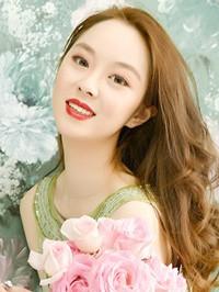Single Shiqi (Daisy) from Benxi, China