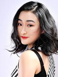 Single Yue (Cassandra) from Kaiyuan, China