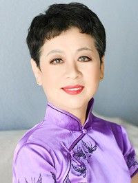 Single Feng (Fannie) from Heping, China