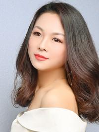 Single Jinlian (Julie) from Tieling, China