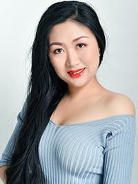Single Hai (Lina) from Shenyang, China