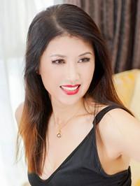 Asian woman Hui from Fushun, China