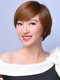Single Xiangling (Eda) from Shenyang, China