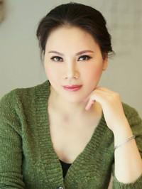 Single Yichan from Nanning, China