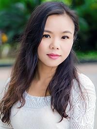 Single Yi (Amy) from Nanning, China