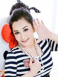 Asian woman Xia (Summer) from Nanning, China
