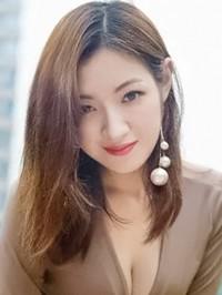 Asian woman Ling from Zhongshan, China