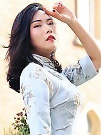 Asian woman Mengyuan from Zhongshan, China