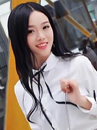 Asian woman Yan from Zhongshan, China