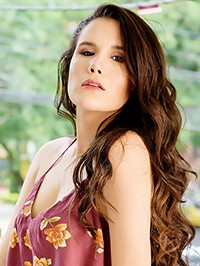 Latin woman Carli Andrea from Medellín, Colombia