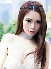 Asian woman Yingting from Zhengzhou, China