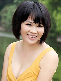 Single Xuemei (May) from Nanning, China
