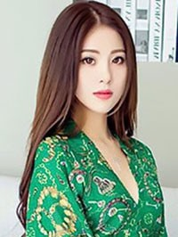 Asian woman Ling from Shenzhen, China
