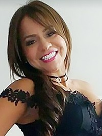 Latin woman Yulieth from Doral, United States
