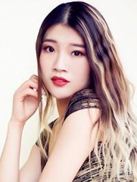 Asian woman Yuan from Nanchang, China