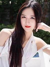 Asian woman Liuliu from Zhenping Chengguanzhen, China