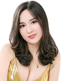 Asian woman Ling (Olivia) from Changsha, China