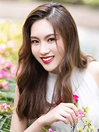 Asian woman Kangni from Jiangshu, China