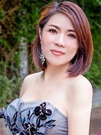 Asian woman Dongmei from Nanning, China