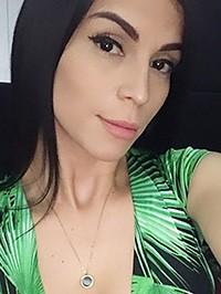 Latin woman Ellen from Caracas, Venezuela