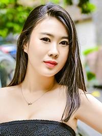 Asian woman Shuying (Hana) from Guangzhou, China
