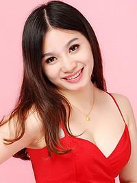 Asian woman Hongxia (Viki) from Guangzhou, China