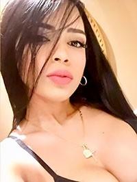 Latin woman Vanessa from Caracas, Venezuela