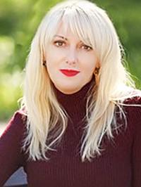 Single Viktoriya from Khmel`nyts`kyy, Ukraine