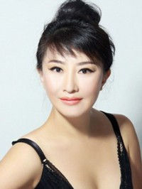 Single Yichun (Susie) from Nanning, China