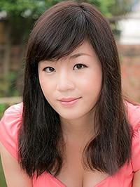Single Erxi (Cissy) from Nanning, China