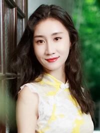 Asian woman Xinyu from Nanchang, China