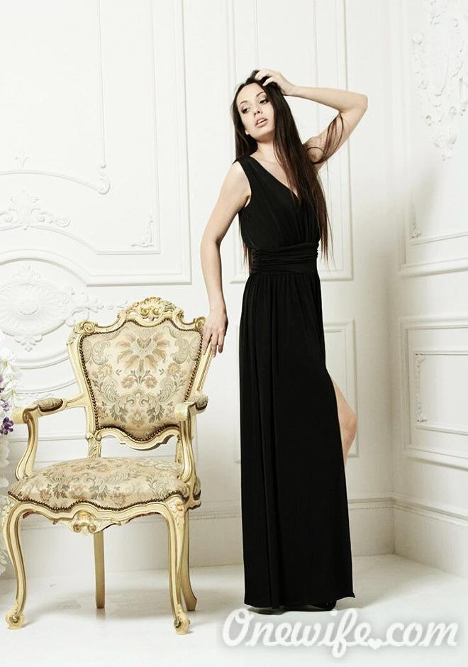 Single girl Galina-Angelina 25 years old