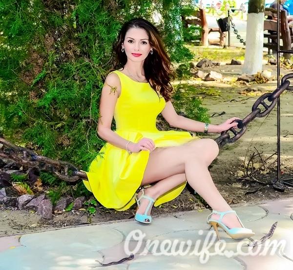 Single girl Ekaterina 41 years old