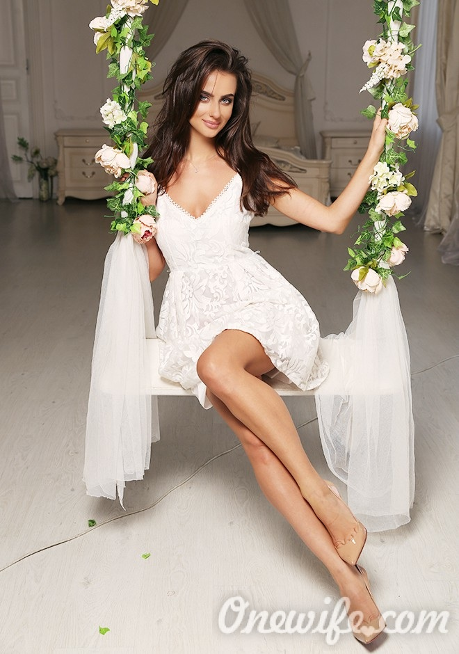 Russian bride Yulia from Lvov