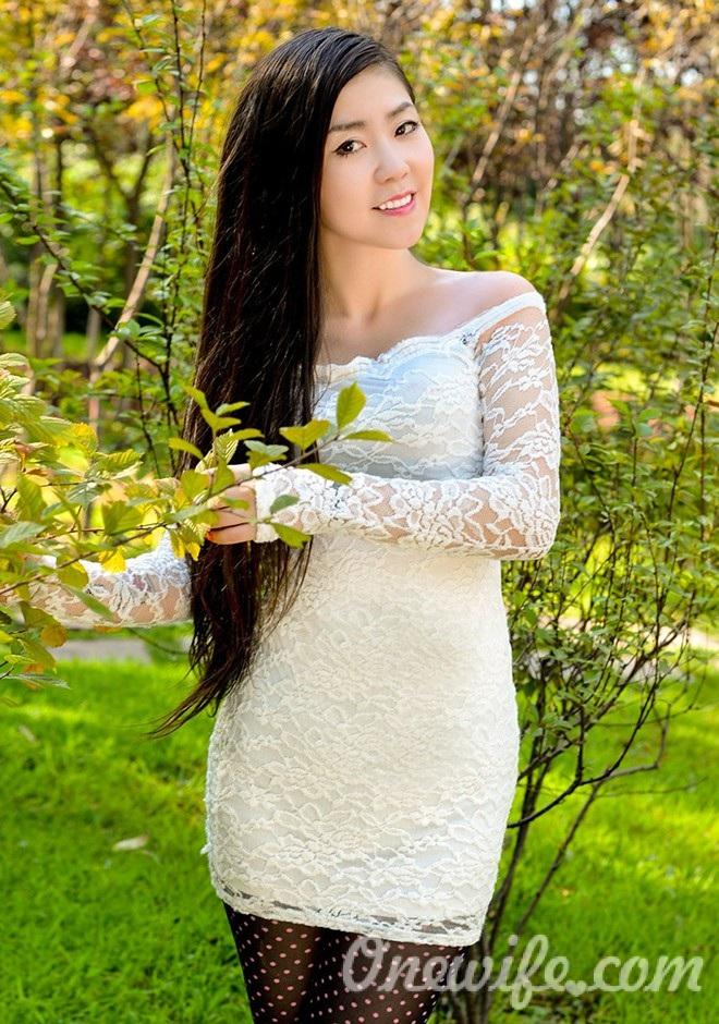 Russian bride Longzhu (Elva) from Fushun