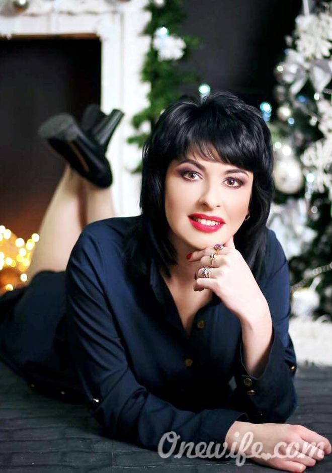 Russian bride Viktoria from Dnepropetrovsk