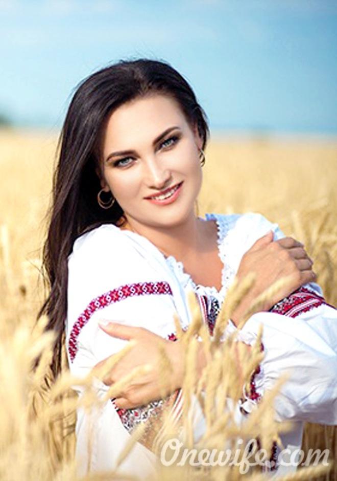 Russian bride Kseniya from Berdyansk