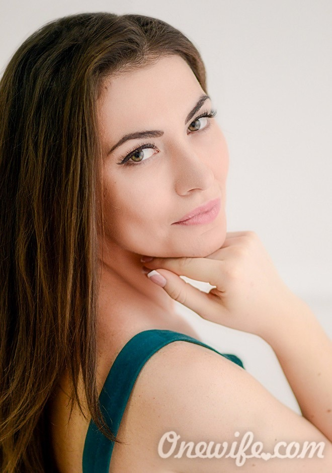 Russian bride Vladlena from Mariupol