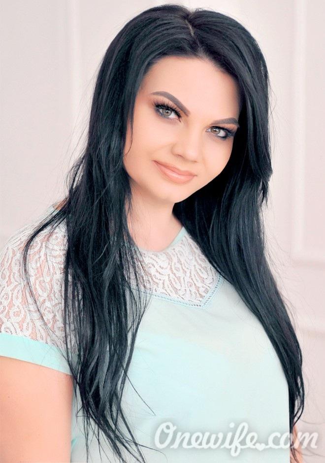 Russian bride Liliana from Tiraspol