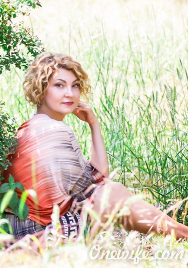 Russian bride Nataliya from Zaporizhia