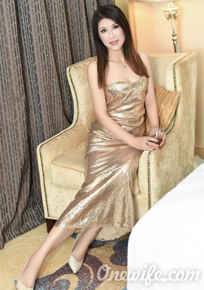Russian bride Hui from Fushun