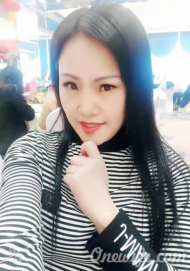 Russian bride Lijiao from Nanning