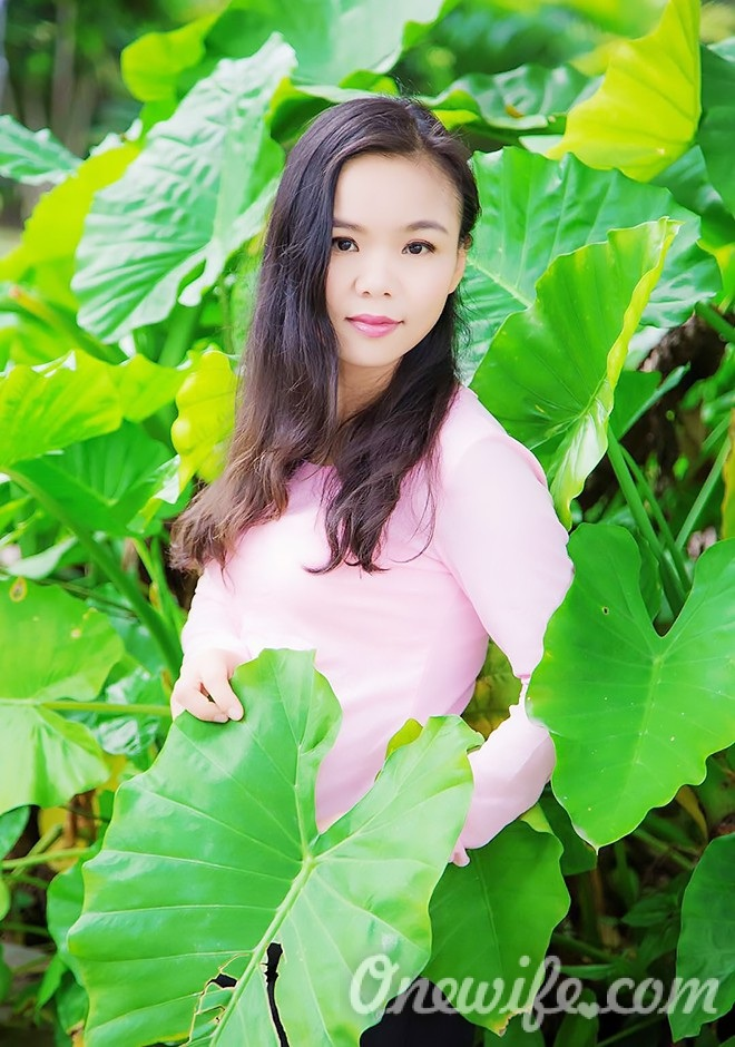 Russian bride Yi (Amy) from Nanning