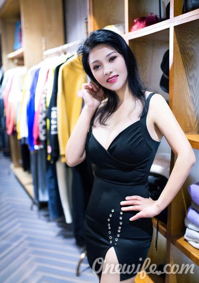 Russian bride Cya from Guangdong